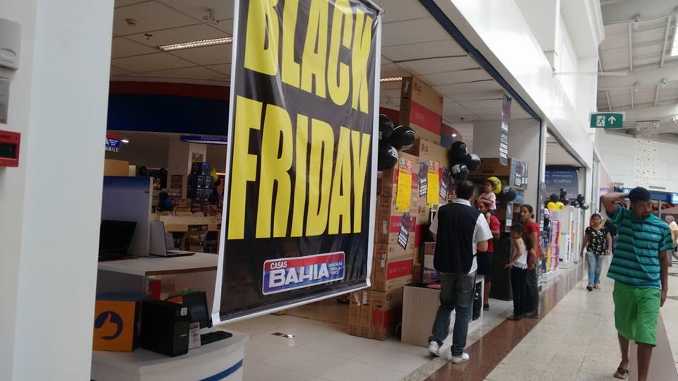 Em tabo o da serra vendedores abordam na porta clientes - Black friday porta di roma ...