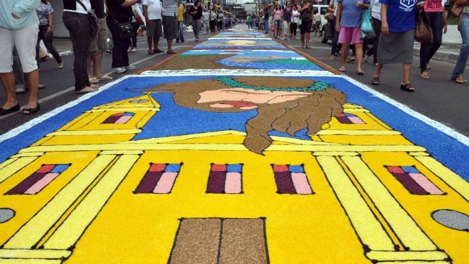Tapetes De Corpus Christi Vao Colorir Ruas De Taboao Embu E